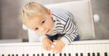 Glasbilo za otroka